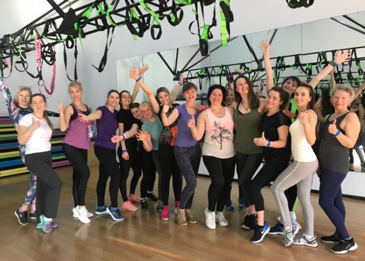 Бесплатные тренировки по зумбе и йоге проходят во Владивостоке