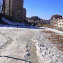 «Долби мой лёд». Жители Владивостока боятся ходить по скользким дорогам