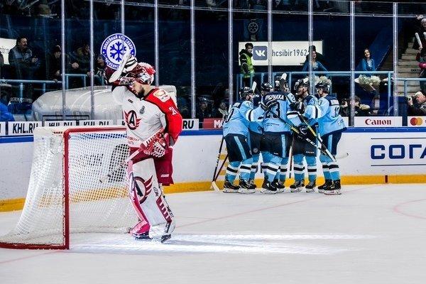 4:3 - ХК «Сибирь» вырвал победу в овертайме у «Автомобилиста»