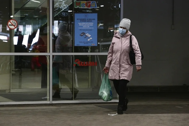Нет фастфуда и мебели: в «Сан-Сити» закрыли фудкорт, в «Меге» не работает ИКЕЯ