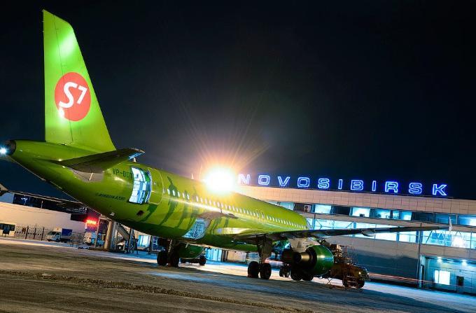 «Заминированный» самолет успешно приземлился в Новосибирске