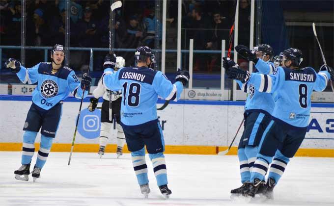 ХК «Сибирь» оказалась сильнее «Автомобилиста» во второй игре плей-офф