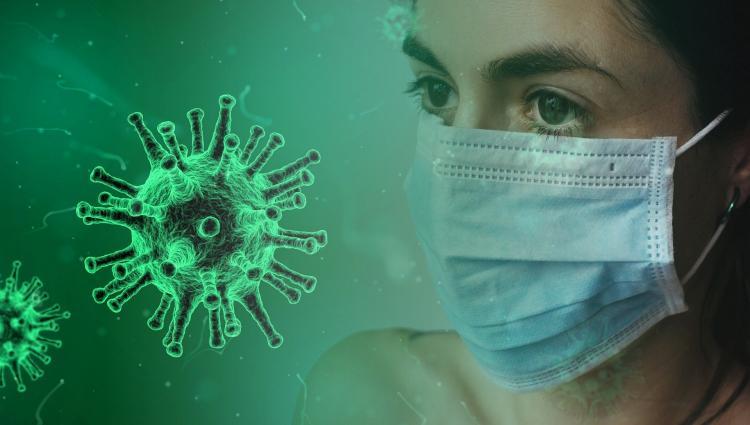 Приморца оштрафуют за фейк о заболевших коронавирусом