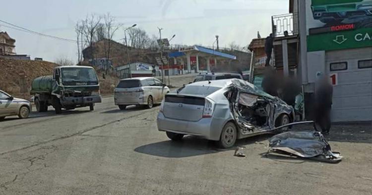 Во Владивостоке разыскивают свидетелей жёсткого ДТП