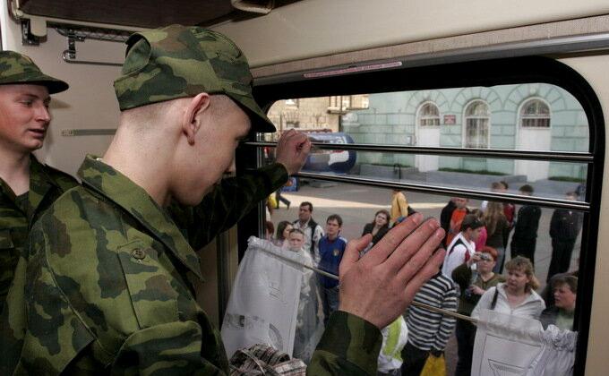 11-классников не станут забирать в армию с весенним призывом
