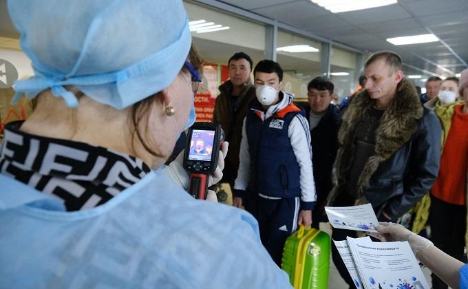 Пассажиров из Москвы и Санкт-Петербурга отправят на обязательную изоляцию