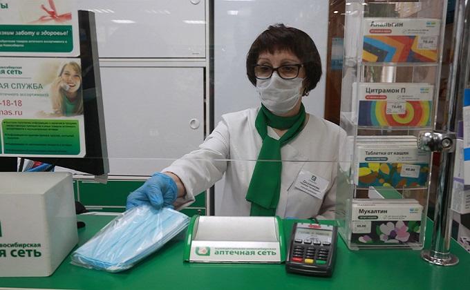 Маски из Китая заполонили аптеки Новосибирска