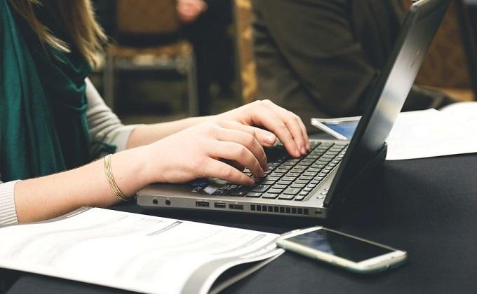 Интернет-отдел правительства в соцсетях оперативно отвечает на вопросы граждан
