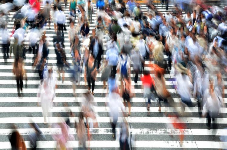Япония откладывает сезон безвизовых обменов с РФ из-за коронавируса