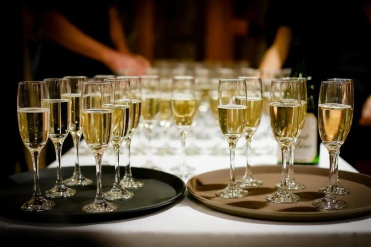 Россияне начали терять интерес к шампанскому