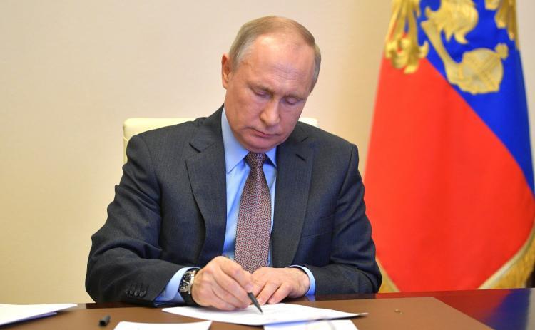Президент России опросил специалистов о создании вакцины от коронавируса