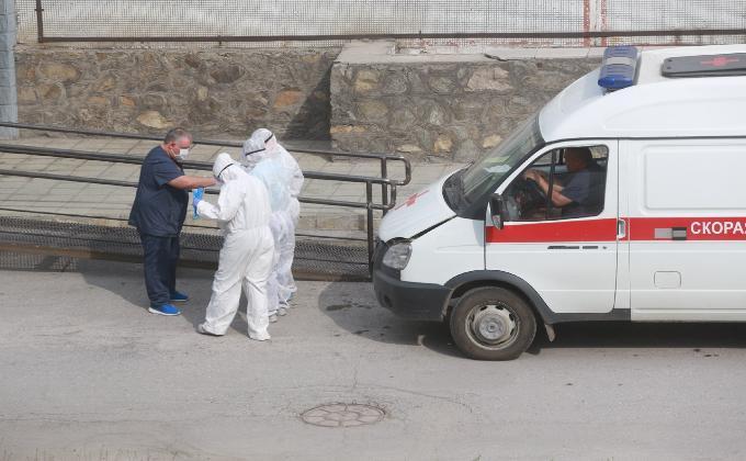 Три медика с коронавирусом умерли в Новосибирске
