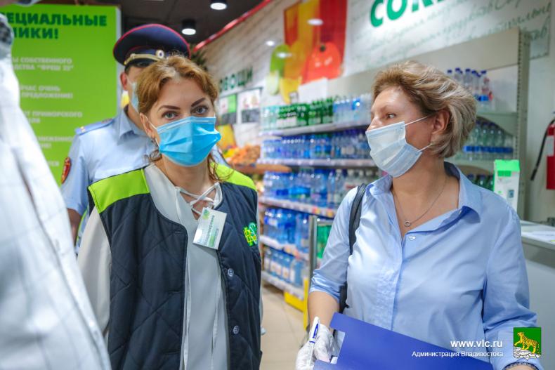 Во Владивостоке продолжают проверять соблюдение мер профилактики COVID-19