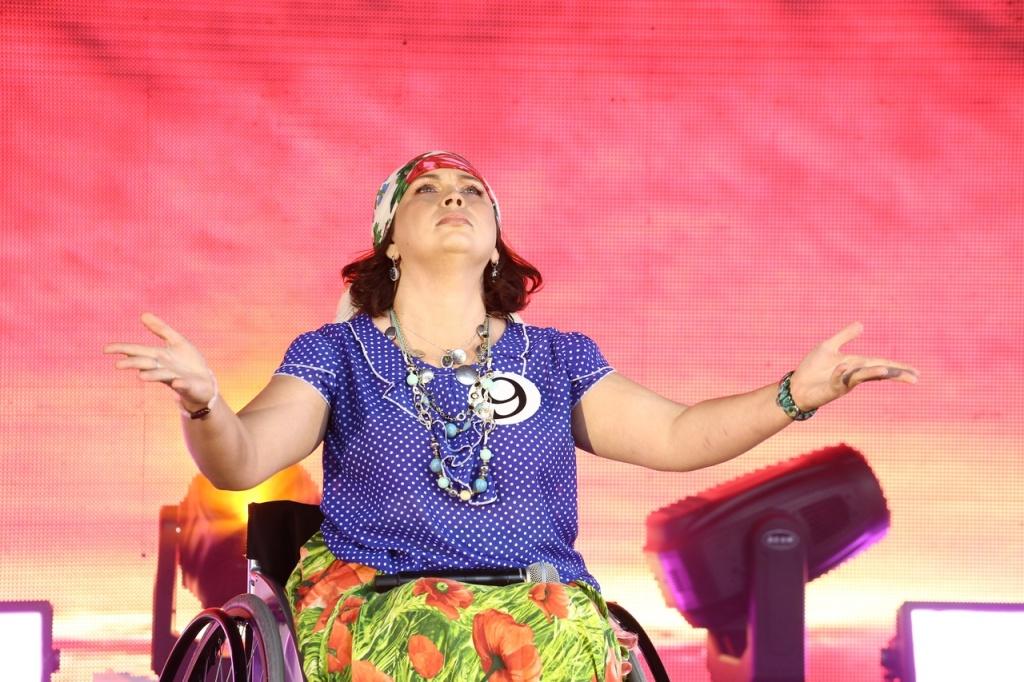 «Недостатков ноль, талантов – тысячи»: 13 корон раздали красавицам на инвалидных колясках в Бердске
