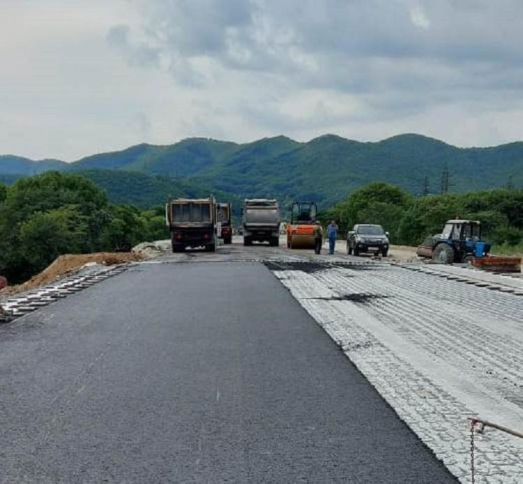 В Шкотовском районе завершается строительство нового моста