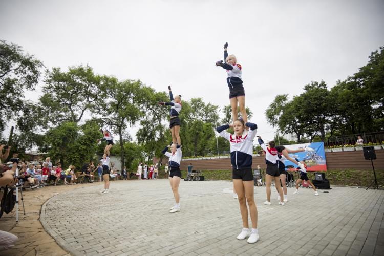 Праздничная программа состоялась в парке в честь Дня ВМФ