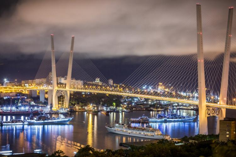 Владивосток - в десятке лучших городов для отдыха с друзьями этим летом