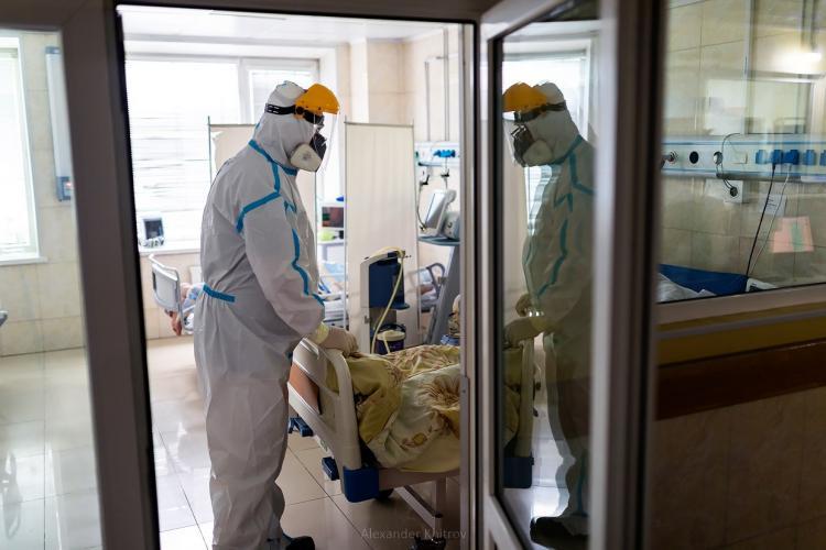 В Приморье за минувшие сутки от коронавируса скончались четыре человека