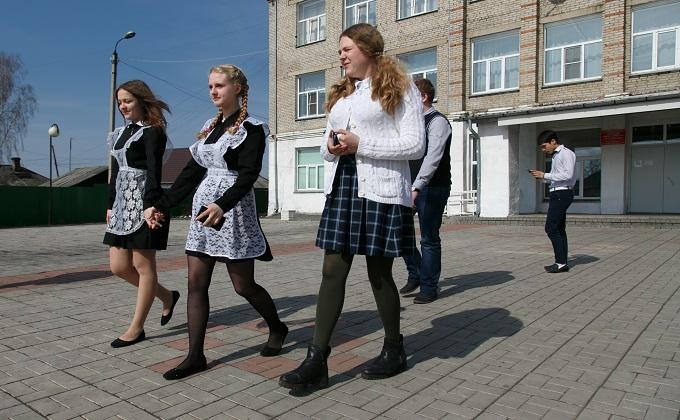 Завершить ремонт во всех школах региона потребовал губернатор