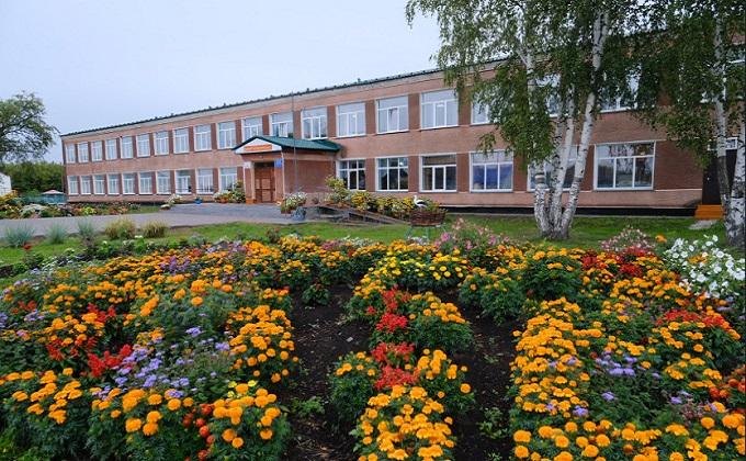 Андрей Травников: «Школы в проекте «Точка роста» обеспечат квадрокоптерами и 3D-принтерами»