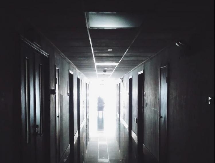«Кто последний?»: В Приморье в больницу зашёл неожиданный пациент