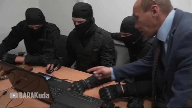 Народный депутат Приморья вступил в борьбу с коллекторами