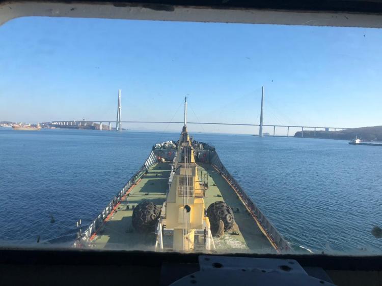Российское судно продано в Сингапуре за долги