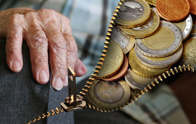 Экономист назвал условия для получения прибавки к пенсии