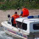 Бурю в море пережили сибиряки в ожидании спасателей