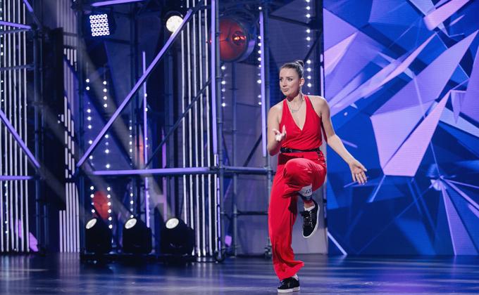 Учительница из Новосибирска попала в последний сезон шоу «Танцы»
