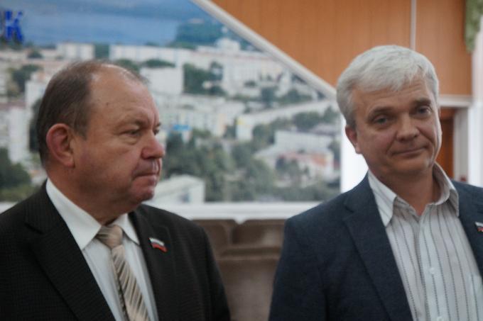 В горсовете Бердска рокировка: Владимир Голубев заменил Валерия Бадьина на посту председателя