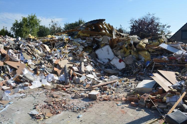 В жилом доме в Приморье произошел взрыв