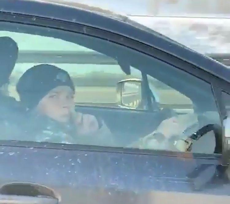 Парень-«ребёнок», прославившейся на весь Instagram, показал свой новый BMW