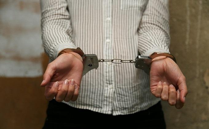 Злостную многодетную алиментщицу отправили под арест в Ордынке