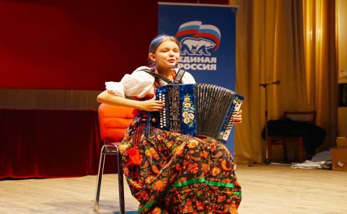 В Новосибирске стартовал фестиваль патриотической песни имени Героя России Александра Попова
