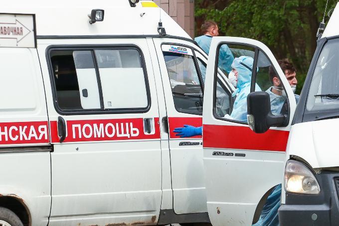 «Скорую помощь» завалили звонками новосибирцы