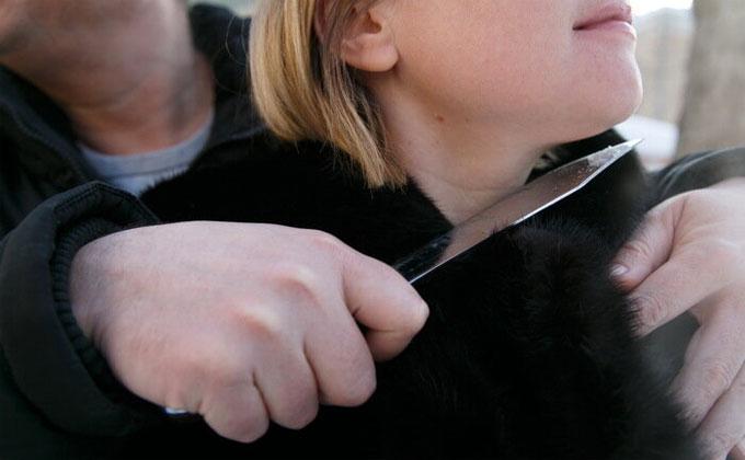 Омичи захватили в плен женщину и мужчину в Новосибирске