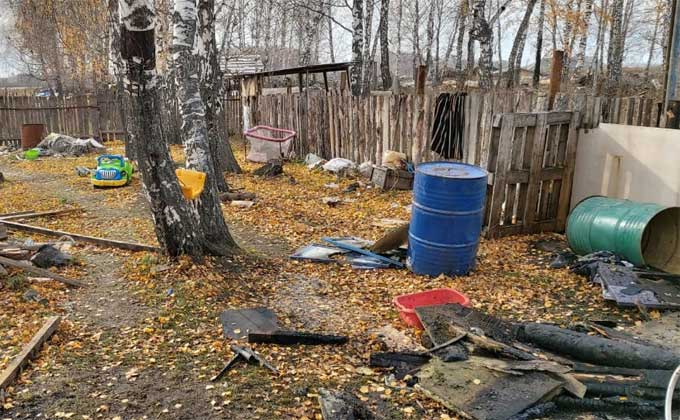 Родителей трех сгоревших детей задержали на время расследования