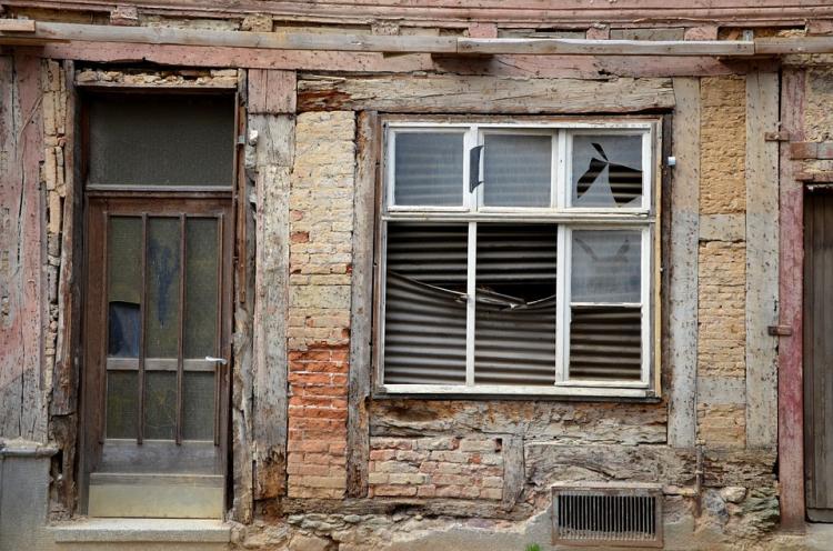 В Приморье программу по переселению из ветхого жилья выполнят до 2024 года