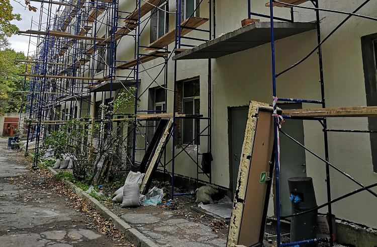 Во Владивостоке ремонтируется «тысячекоечная» больница