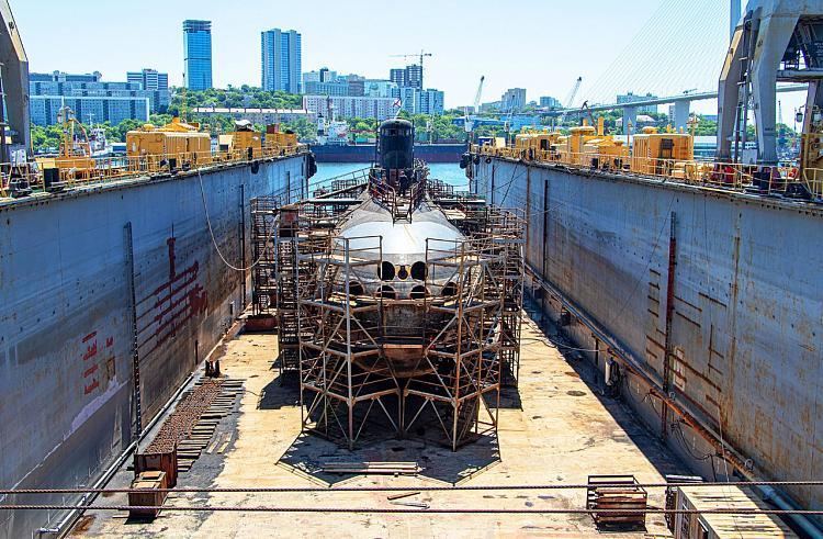 Боевую подводную лодку вернули в строй приморские специалисты