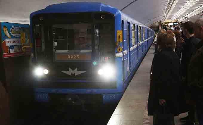В 22 часа будут закрывать станции метро в левобережье Новосибирска
