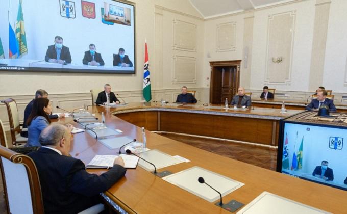 Губернатор обсудил с депутатами Мошковского и Болотнинского районов продолжение реализации важных социальных проектов