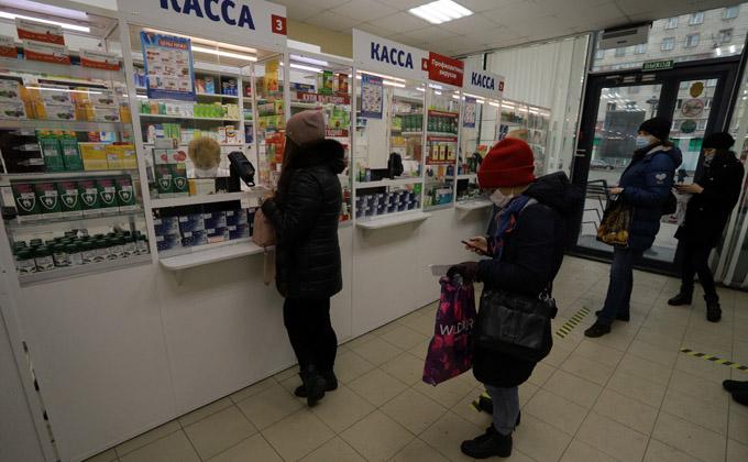 Бесплатные лекарства раздадут новосибирцам с COVID-19, болеющим дома