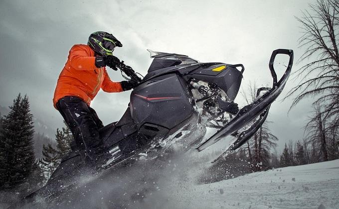 Снегоходы хотят, но не могут купить новосибирцы