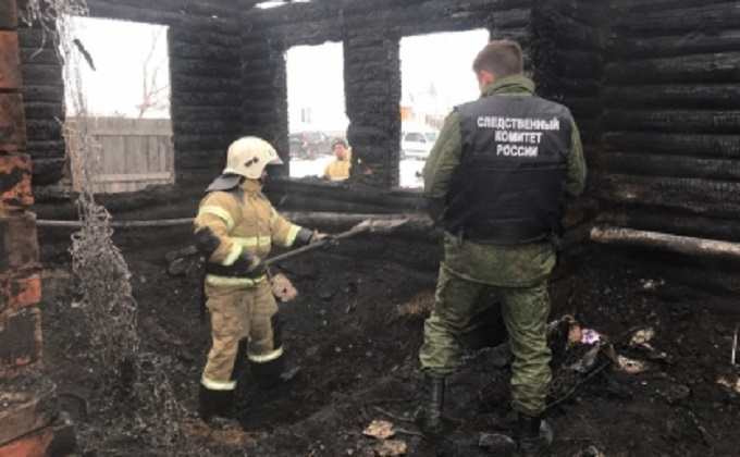 Четыре человека погибли на пожаре в Новосибирской области