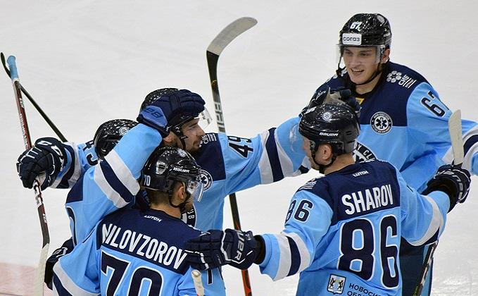 «Сибирь» переиграла «Металлург», благодаря дублю Ефима Гуркина