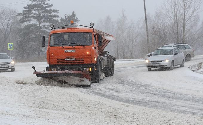Трассы региона чистят 844 снегоуборочные машины