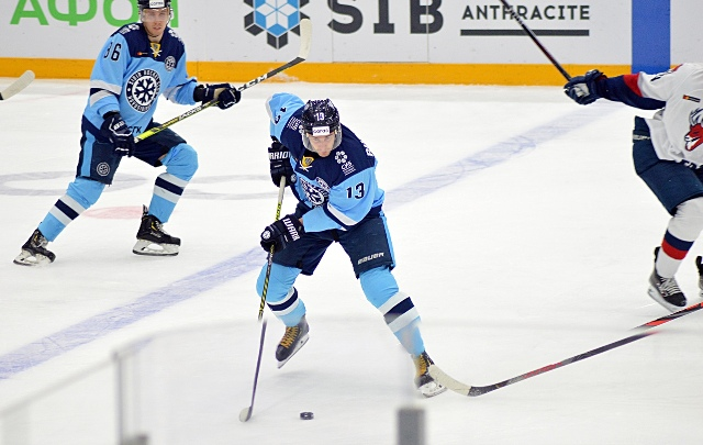 Новосибирская «Сибирь» выиграла у нижегородского «Торпедо»