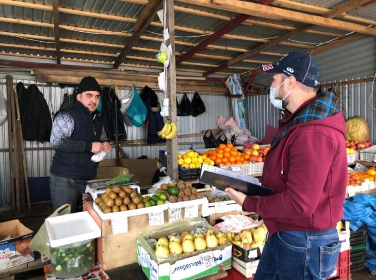 Незаконную уличную торговлю пресекли в Первомайском районе Владивостока